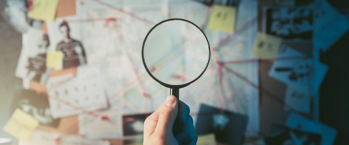 diferença entre perito criminal e investigador