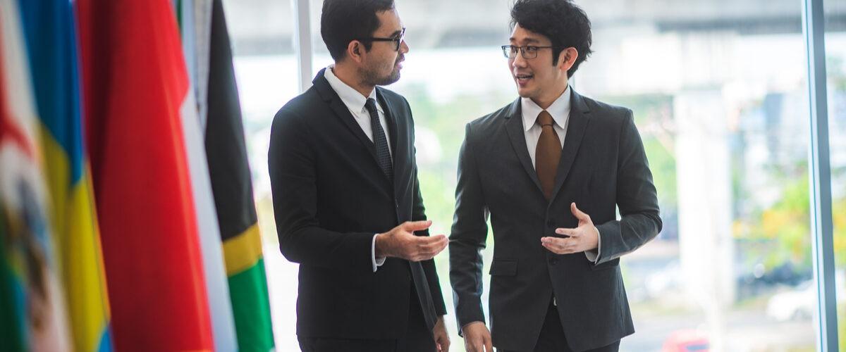 qual faculdade fazer para ser diplomata